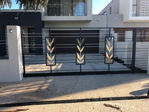 Automatic Gates Image 1