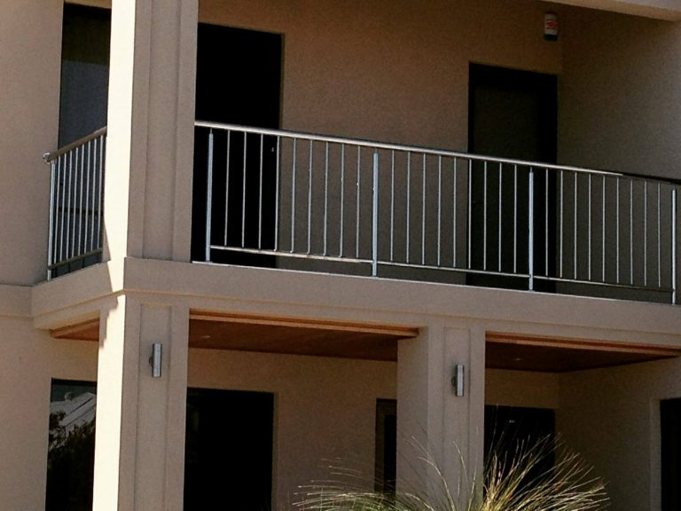 Stainless steel Balustrades, Gates, Fencing and Handrails Image 4