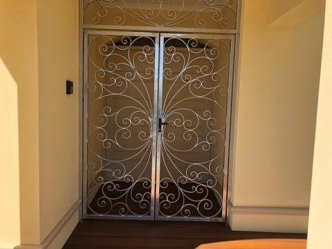 Security Gates & Doors Image 1