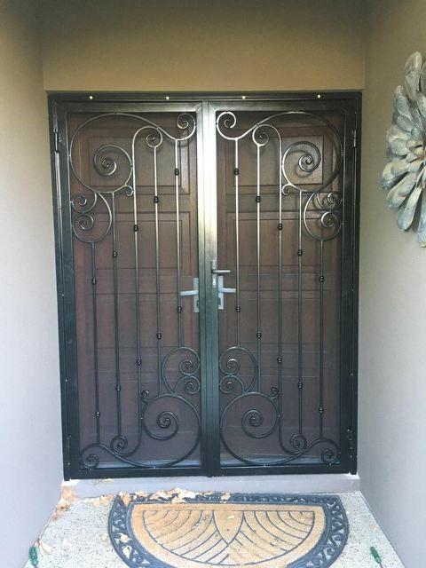 Security Gates & Doors Image 3