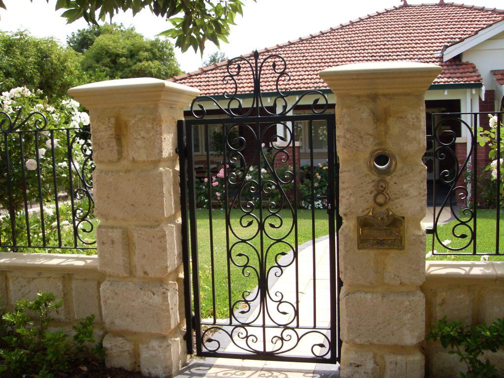 Wrought Iron Gates & Fencing Image 6
