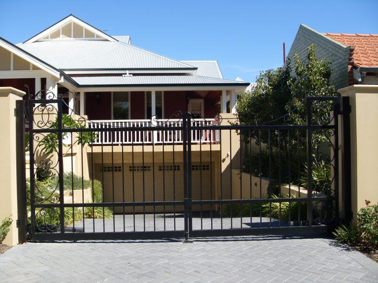Automatic Gates Image 4
