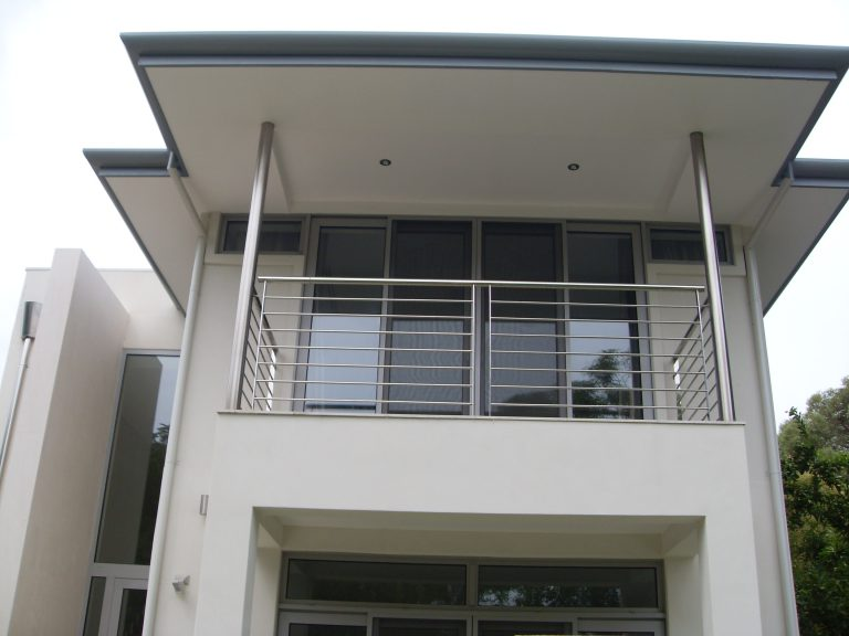 Stainless steel Balustrades, Gates, Fencing and Handrails Image 6