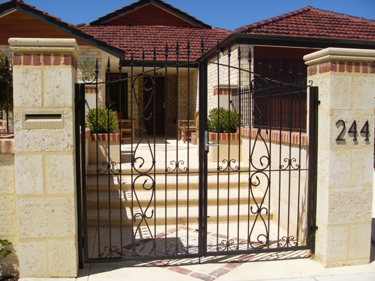 Wrought Iron Gates & Fencing Image 1