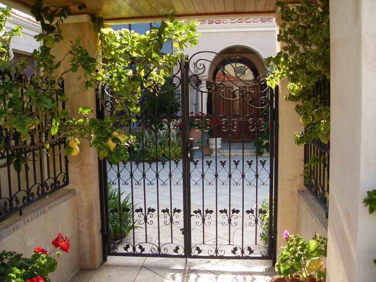 Wrought Iron Gates & Fencing Image 3